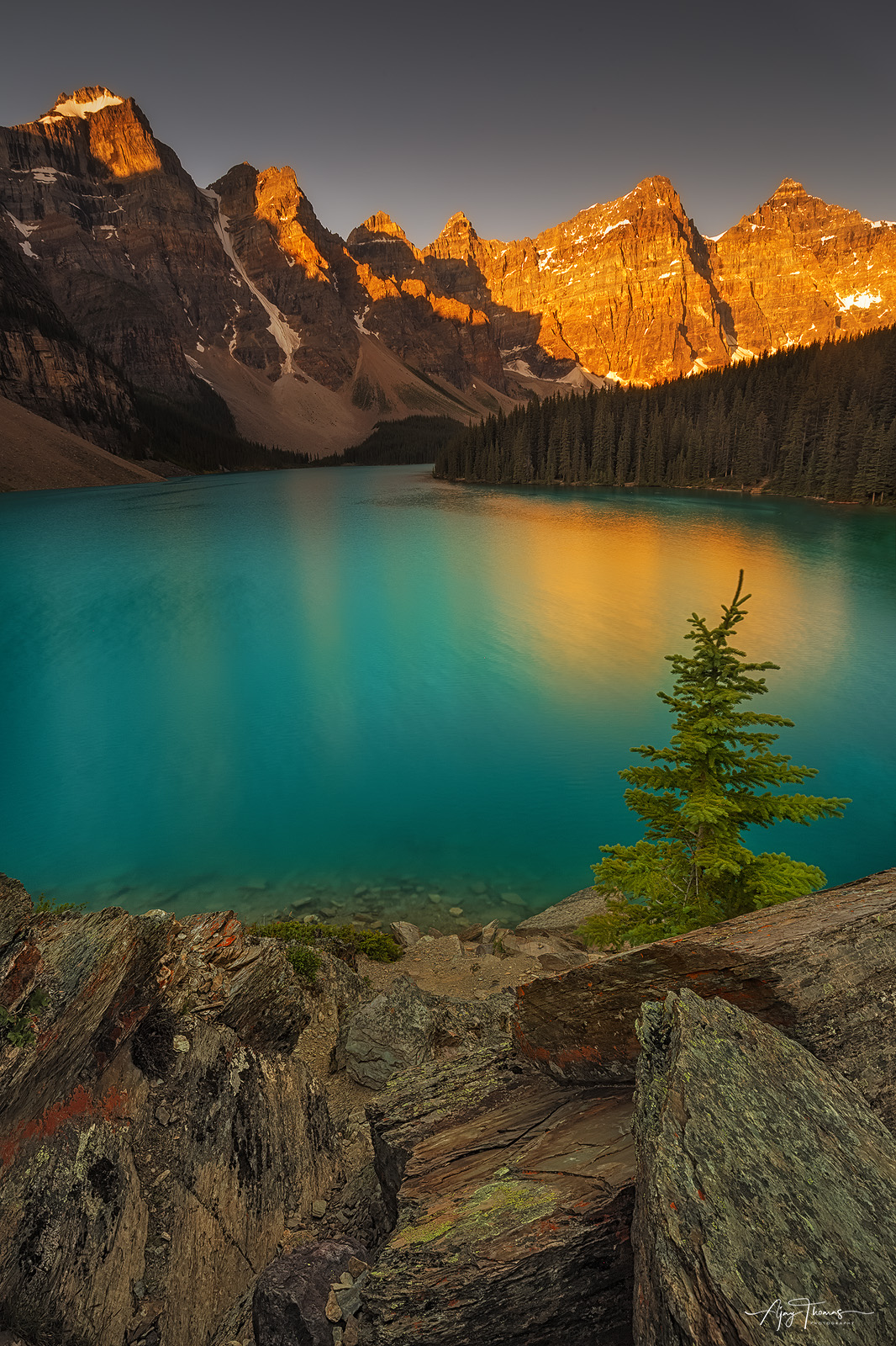 One of the most photographed locations in Canada, Moraine lake , is arguably one of the  world's most beautiful glacier-fed...